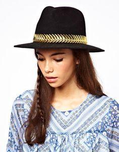 ASOS black felt fedora hat with metal band Latest Fashion Clothes, Diy Fashion, Fall Fashion, Fedora Hat Women, Fall Hats, Fashion Essentials, Style Essentials, Black Felt, Sombreros