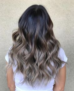Best Ash Blonde Hair Color Ideas to Inspire You Aschblonde Balayage The post Beste aschblonde Haarfarbe Ideen, die Sie inspirieren appeared first on Frisuren Tips - Hair Style Girl Ashy Brown Hair Balayage, Blonde Ombre Hair, Balayage Ombré, Balayage Brunette, Ombre Hair Color, Brunette Hair, Blonde Color, Brown Hair With Ash Blonde Highlights, Black Balayage