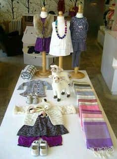 (A través de CASA REINAL) >>>> Yoya is a great store for baby and children's gifts!