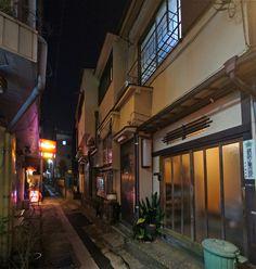 夜散歩のススメ「荒木町の路地」 東京都新宿区