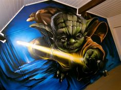 "Graffiti muurschildering ""Master Yoda"" op kinderkamer in Roermond."