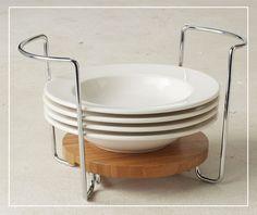 les tiroirs sont quip s de picots modulables pour accueillir toutes les tailles d assiettes. Black Bedroom Furniture Sets. Home Design Ideas