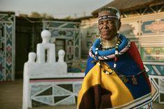 Njideka Akunyili Crosby Paints Captivating Visions of Cosmopolitan Nigeria