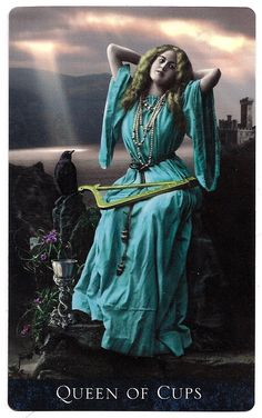 Queen of Cups - The Bohemian Gothic Tarot