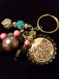Design keychain by BriarDeanBowtique on Etsy