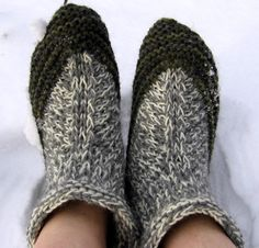 Nannan tossut Slippers, Knitting, Shoes, Fashion, Tricot, Moda, Zapatos, Shoes Outlet, Fashion Styles