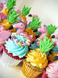 Flamingo Cupcakes -  Mini size.  Perfect for a Hawaiian Party