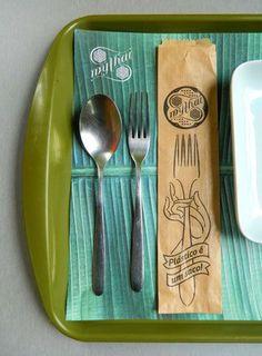 An Ambigram Logo Anchors the Design of a Thai Restaurant | StockLogos.com