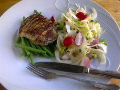 Herkkusuun lautasella-Ruokablogi: Possua ja fenkolisalaattia paastopäivänä