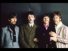 📷 The Beatles (John Lennon, Paul McCartney, George Harrison, Ringo Starr) shot for the 'Penny Lane'/'Strawberry Fields Forever' single The Beatles photograph. The Beatles 1, John Lennon Beatles, Beatles Photos, Band On The Run, Jean Marie, Famous French, The Fab Four, French Photographers, Strawberry Fields