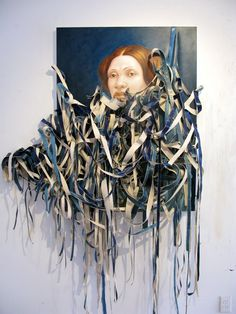 Titus Kaphar was born in 1976 in Kalamazoo, Michigan. We discovered the artistic wall decoration he creates inspired in history that is his true passion.