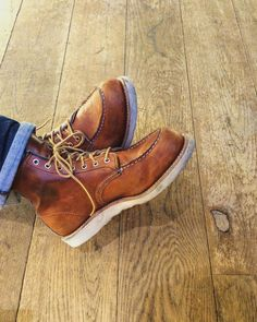 a broken in pair of Red Wing Shoes 875 Classic Moc Toe in Oro-legacy leather. Red Wing Boots, Lace Up Boots, Jeans And Boots, Leather Boots, Sock Shoes, Men's Shoes, Shoe Boots, Wing Shoes, Workwear Boots