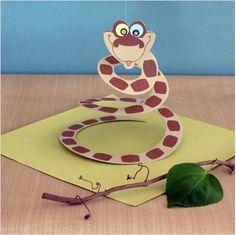 5 The Jungle Book Crafts & Bare Necessities Craft Supplies - TheSuburbanMom Jungle Party, Safari Party, Jungle Theme, Jungle Book Snake, Kaa Jungle Book, Book Crafts, Fun Crafts, Crafts For Kids, Paper Crafts