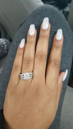 In love with these milky nails
