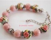 Tres joli bracelet romantique par LACAUDRY-CREATION.