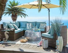 Breezy Blue Outdoor Beach Decor & Furnishings... http://www.beachblissdesigns.com/2017/03/outdoor-beach-decor.html