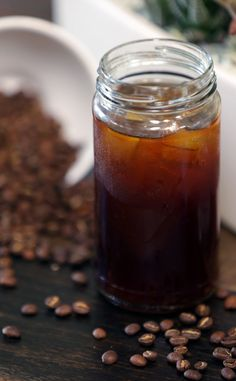 The Only Way to Make Iced Coffee (No Heat Required) and SO delicious! Making Cold Brew Coffee, How To Make Ice Coffee, Cold Drinks, Yummy Drinks, Beverages, Fun Drinks, Iced Coffee Drinks, Coffee Industry, Coffee Blog