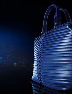 c1e648e3e1b5  musthave  giorgioarmani  handbag