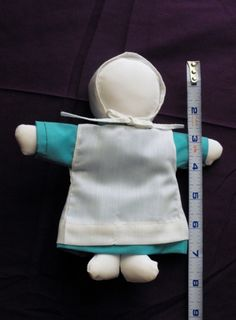 """An Amish doll maker. """"She usually makes two a day, between all the other...""""  Read all about Kathy, the Amish woman who made this pint-sized doll."""