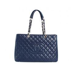957f02af4ea4 今年も人気のシャネル【Chanel】キャビアスキン トートバッグ ブルー&シルバー