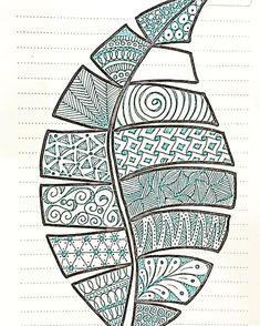 Doodle Art Drawing, Zentangle Drawings, Mandala Drawing, Zentangle Patterns, Art Drawings Sketches, Doodle Patterns, Doodling Art, Leaf Patterns, Art Patterns