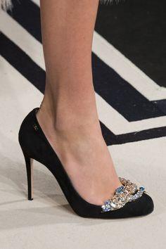 Elisabetta Franchi Fall 2017 Fashion Show Details, Milan Fashion Week