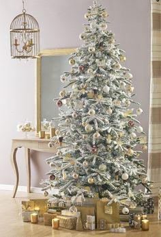 Albero Di Natale Washington Deluxe.10 Alberi Di Natale Ideas Christmas Tree Christmas Decorations Christmas Holidays