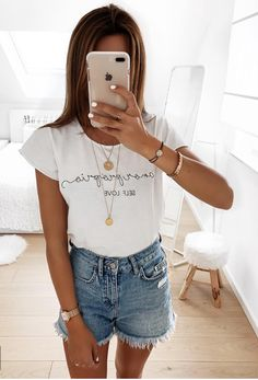 Pin by frauenmode on frauen mode in 2019 Cute Summer Outfits, Outfits For Teens, Spring Outfits, Casual Outfits, Looks Con Shorts, Looks Jeans, Mode Outfits, Fashion Outfits, Womens Fashion