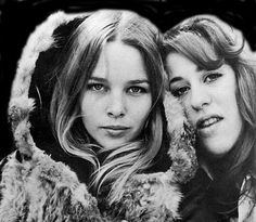 Michelle Phillips & Cass Elliot from The Mamas and The Papas. @Natalie Star This reminded me of you...and your cat.
