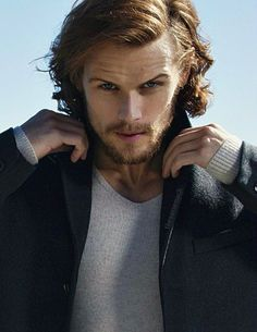Man of Style: Outlander's Sam Heughan Sam Heughan Outlander, James Fraser Outlander, Outlander Book, Outlander Funny, Outlander Casting, Sam Hueghan, Sam And Cait, Gorgeous Men, Beautiful People