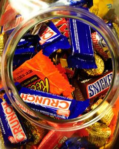 """ScienceDaily reports: """"People With Impaired Glucose Tolerance Can Show Cognitive Dysfunction."""" http://www.sciencedaily.com/releases/2013/07/130716115721.htm Question: Do you think sweet junk foods should have health warning labels on them like cigarettes do?"""