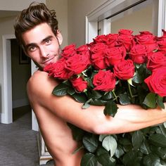 Jon Kortajarena Official Fanpage - My valentine sent me these beautiful roses.