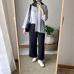 Stylish Hijab, Casual Hijab Outfit, Ootd Hijab, Hijab Dress, Casual Outfits, Modern Hijab Fashion, Street Hijab Fashion, Hijab Fashion Inspiration, Muslim Fashion