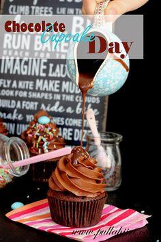 Pullahiiren leivontanurkka: Chocolate cupcake day - Suklaamuffinssipäivä