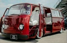 Best Volkswagen Modified 146 Wallpaper Added on , Tagged : Best Volkswagen modified at Oliver Rowland Racing Volkswagen Transporter, Transporteur Volkswagen, Vw Bus T2, Bus Camper, Vw T1, Campers, Combi Vw T2, Combi Ww, Combi Split
