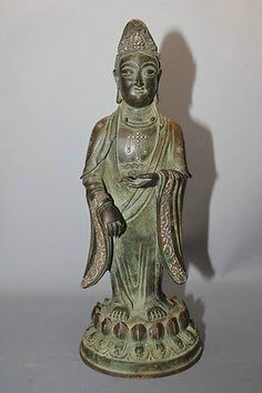 Beautiful Chinese unique bronze gilt 24kgold  carved  kwan_yin_qing dy