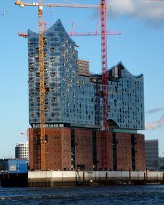 Besichtigung des neuen Gebäudes #Elbphilharmonie #Hamburg / See the new Elbphilharmonie building in Hamburg [Foto: Nico Tillmann, Lizenz: CC-BY-2.0 (http://creativecommons.org/licenses/by/2.0)]