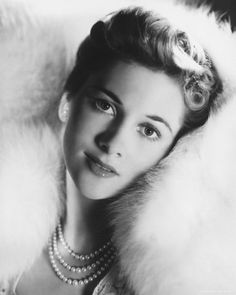 """Oscar winner Joan Fontaine was the youngest to earn the award for best actress in 1940 when she was only 24. It was for her role in the Hitchcock film """"Suspicion."""" Ms. Fontaine is also known for her bitter rivalry with her sister, fellow Oscar-winner Olivia deHavilland. Ms. Fontaine died on Dec. 15, 2013 at the age of 96."""