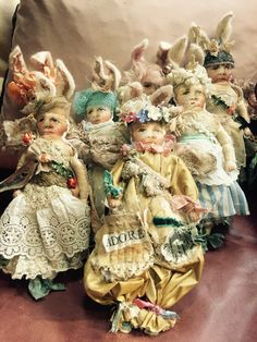 I will be teaching my bunnie class at ART-XCAPE this October in Austin Texas. Fabric Dolls, Paper Dolls, Make Your Own Badge, Modern Toys, Zombie Girl, Rabbit Art, Textiles, Doll Maker, Cute Dolls