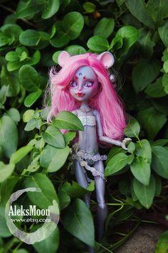 Monster high repaint OOAK art doll  Kin Mouscedes by AleksMoon