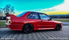 Bmw E30 M3, Bmw Classic, Commercial Vehicle, Bmw Cars, Bmw Logo, Wheels, German, Garage, Trucks