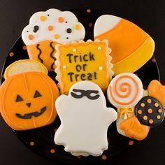 """Halloween """"Trick Or Treat"""" Sugar Cookies"""