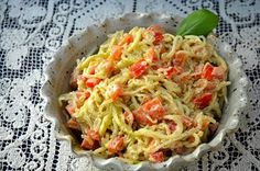 Check out this unique sounding raw pasta recipe - Raw Zucchini & Kelp Noodles with Creamy Basil Apricot Sauce at Gluten-Free Cat http://www.glutenfreecat.com/2013/08/raw-zucchini-and-kelp-noodles-with-creamy-basil-apricot-sauce/