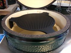 Cast Iron Plate Setter for Large and XL Big Green Egg.