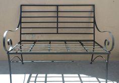 Sillon de 2 cuerpos en hierro, 1,20 mts Iron Furniture, Steel Furniture, Outdoor Furniture, Outdoor Decor, Metal Garden Fencing, Metal Bins, Metal Worx, Metal Bending, Iron Gates