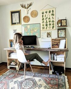 office with eclectic gallery wall. DIY crate desk via office with eclectic gallery wall. DIY crate desk via Katherine Home Office Space, Home Office Design, Home Office Decor, Home Decor, Office Ideas, Vintage Office Decor, Apartment Office, Vintage Home Offices, Office Rug