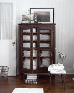 Luxury Bathroom Linen Cabinet with Glass Doors