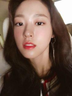 Seolhyun, Girl Bands, Korean Beauty, Mood, Girls, Toddler Girls, Daughters, Maids