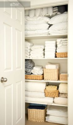 bathroom closet Linen closet organization tips and tricks for organizing this catch-all closet. How to make sure your linen or bathroom closet doesnt fall into pure chaos! Linen Closet Organization, Home Organisation, Closet Storage, Bathroom Organization, Bathroom Storage, Organization Hacks, Organizing Ideas, Bathroom Faucets, Door Storage