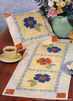 Summer Table Runner and Pilloe.  Click and scroll for pattern.
